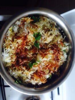 Hyderabadi Chicken Dum Biryani - Plattershare - Recipes, Food Stories And Food Enthusiasts