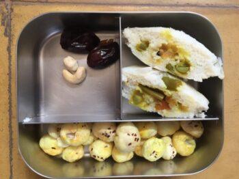 Khorma Stuffed Idli - Plattershare - Recipes, Food Stories And Food Enthusiasts