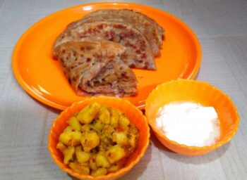 Onion Paratha - Plattershare - Recipes, Food Stories And Food Enthusiasts
