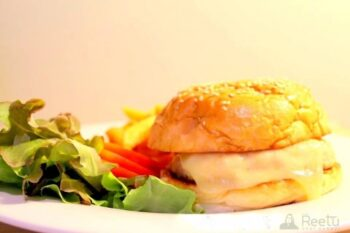 Chicken Burger - Plattershare - Recipes, Food Stories And Food Enthusiasts