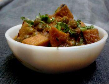 Suran Aur Hari Matar Ki Sabji - Plattershare - Recipes, Food Stories And Food Enthusiasts