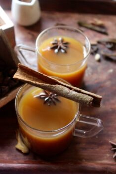 Hot Spiced Apple Drink (For Winters And Gloomy Rainy Days) - Plattershare - Recipes, Food Stories And Food Enthusiasts