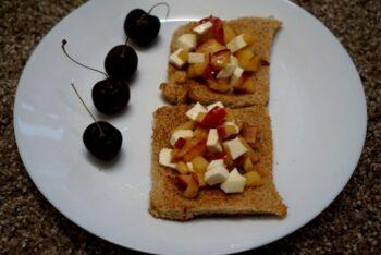 English Apple Honey Toast - Plattershare - Recipes, Food Stories And Food Enthusiasts
