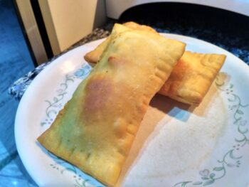 Veg Pizzapuff - Plattershare - Recipes, Food Stories And Food Enthusiasts