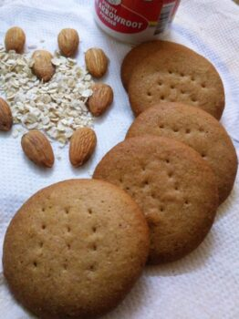 Arrowroot, Oats Badam Cookies - Plattershare - Recipes, Food Stories And Food Enthusiasts