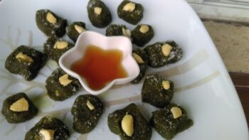 Spinach Honey Candy - Plattershare - Recipes, Food Stories And Food Enthusiasts