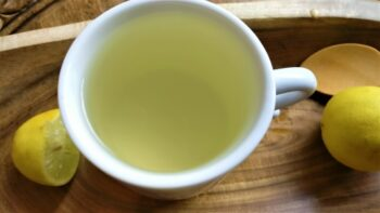 Honey - Lemon Water - Plattershare - Recipes, Food Stories And Food Enthusiasts