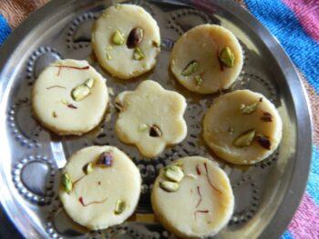 Microwave Kesar Pista Doodh Peda - Plattershare - Recipes, Food Stories And Food Enthusiasts