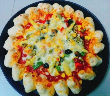 Cheese Recipe: Pizza Hut Style Cheesy Bites Pizza - Plattershare - Recipes, Food Stories And Food Enthusiasts