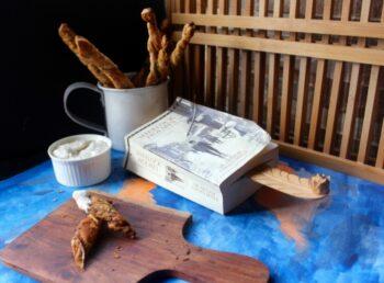 Crispy Coriander Twists - Plattershare - Recipes, Food Stories And Food Enthusiasts