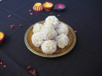 Coconut Papaya Ladoo - Plattershare - Recipes, Food Stories And Food Enthusiasts