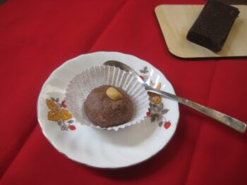 Chocolate Sondesh - Plattershare - Recipes, Food Stories And Food Enthusiasts
