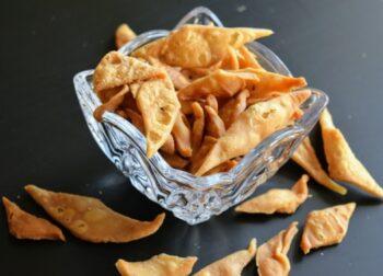 Kucho Nimki(Salty Diamond Shape Snacks) - Plattershare - Recipes, Food Stories And Food Enthusiasts