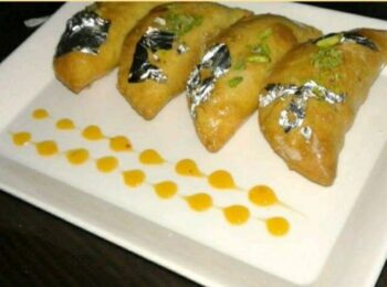 Gujiya With The Twist - Plattershare - Recipes, Food Stories And Food Enthusiasts