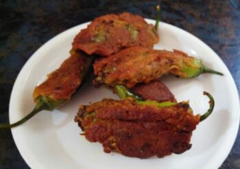 Fried Kashmiri Chilli - Plattershare - Recipes, Food Stories And Food Enthusiasts