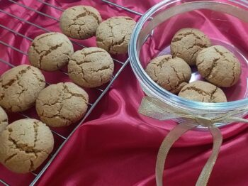 Fennel-Jaggery Wholewheat Cookies - Plattershare - Recipes, Food Stories And Food Enthusiasts