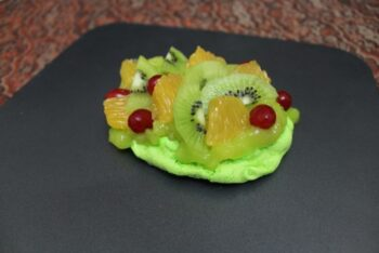 Aquafaba Pavlova With Vegan Lime Curd And Fresh Fruits - Plattershare - Recipes, Food Stories And Food Enthusiasts