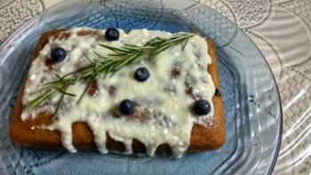 Blueberry And Rosemary Tea Time Cake - Plattershare - Recipes, Food Stories And Food Enthusiasts