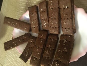 Homemade Bourbon Biscuits - Plattershare - Recipes, Food Stories And Food Enthusiasts