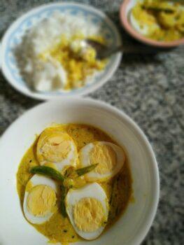 Dim Doi Shorshe (Egg In Yogurt Mustard Gravy) - Plattershare - Recipes, Food Stories And Food Enthusiasts