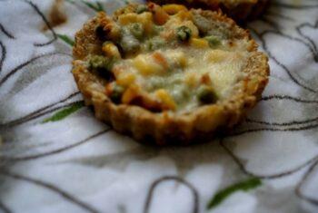 Potato Crust Mini Veggies Pies - Plattershare - Recipes, Food Stories And Food Enthusiasts
