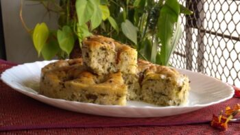 Fenugreek Flax Seed Focaccia - Plattershare - Recipes, Food Stories And Food Enthusiasts