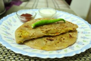 Vegetable Paratha - Plattershare - Recipes, Food Stories And Food Enthusiasts