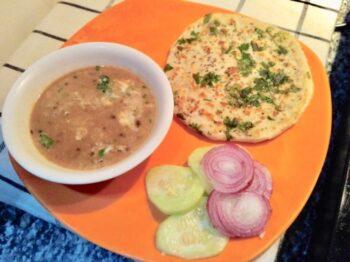 Amritsari Stuffed Kulcha - Plattershare - Recipes, Food Stories And Food Enthusiasts