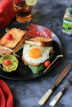 Blt Sandwich - Plattershare - Recipes, Food Stories And Food Enthusiasts