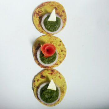 Makke Ki Roti - Plattershare - Recipes, Food Stories And Food Enthusiasts