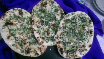 Instant Garlic Naan - Plattershare - Recipes, Food Stories And Food Enthusiasts
