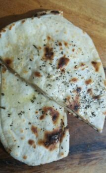 Tawa Pudina Butter Naan - Plattershare - Recipes, Food Stories And Food Enthusiasts