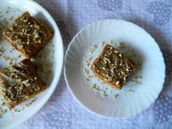 Peanut Butter Blondies - Plattershare - Recipes, Food Stories And Food Enthusiasts