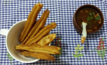 Chinese Bread Stick (Youtiao /Cakio) - Plattershare - Recipes, Food Stories And Food Enthusiasts