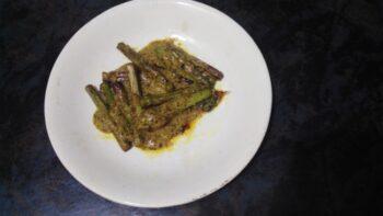 Kochur Loti (Taro Stolon) - Plattershare - Recipes, Food Stories And Food Enthusiasts