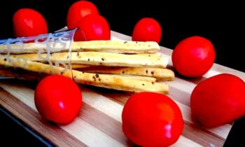 Homemade Healthy Breadsticks For Soup - Plattershare - Recipes, Food Stories And Food Enthusiasts