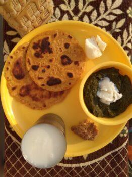 Makki Di Roti - Plattershare - Recipes, Food Stories And Food Enthusiasts