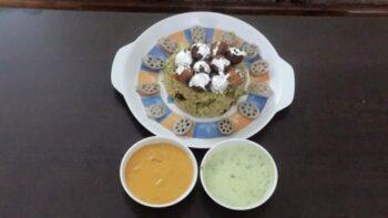 Haryali Moti Biryani , With Haryali Raita - Plattershare - Recipes, Food Stories And Food Enthusiasts
