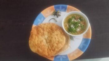 Dal Pakwan - Plattershare - Recipes, Food Stories And Food Enthusiasts