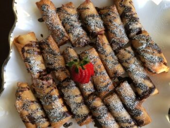 Strawberry Cream Cheese Eggrolls With Chocolate Drizzle - Plattershare - Recipes, Food Stories And Food Enthusiasts