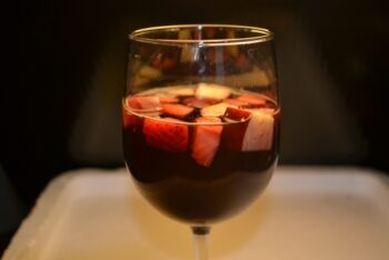 Spanish Sangria - Plattershare - Recipes, Food Stories And Food Enthusiasts