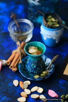 Kashmiri Kahwa Tea - Plattershare - Recipes, Food Stories And Food Enthusiasts