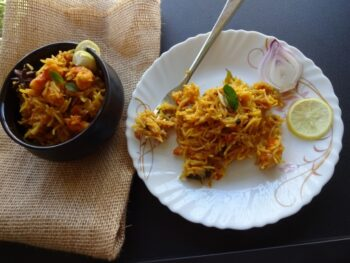 Prawns Pulao Or Kolambi Bhat - Plattershare - Recipes, Food Stories And Food Enthusiasts
