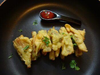 Broccoli Stem Pakora - Plattershare - Recipes, Food Stories And Food Enthusiasts