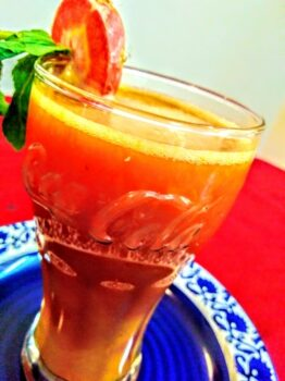 Carrot And Orange Juice With Mint And Honey - Plattershare - Recipes, Food Stories And Food Enthusiasts