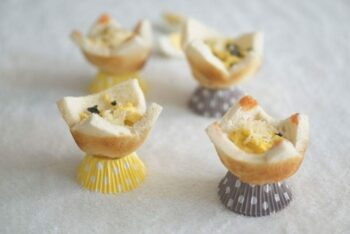 Scrambled Egg Bread Cups - Plattershare - Recipes, Food Stories And Food Enthusiasts