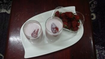Strawberry Laban - Plattershare - Recipes, Food Stories And Food Enthusiasts