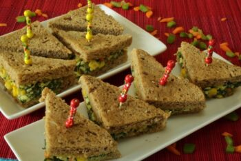 Spinach Corn Paneer Sandwich - Plattershare - Recipes, Food Stories And Food Enthusiasts