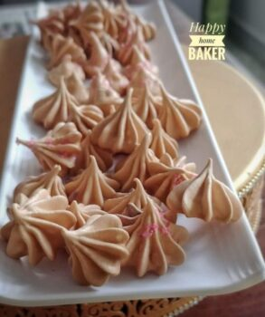 Melt In Your Mouth, Featherlight, Delicate Meringues - Plattershare - Recipes, Food Stories And Food Enthusiasts