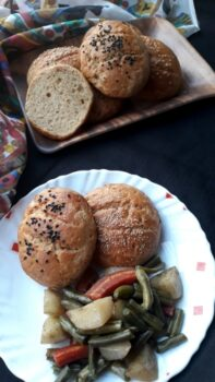 Easy Wheat Flour Dinner Buns With Baked Veggies - Plattershare - Recipes, Food Stories And Food Enthusiasts